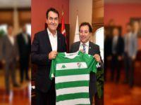 Başkan Dündar'a Bursaspor forması