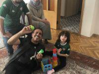 Haluk Levent'ten Bursalı Zeynep'e ziyaret
