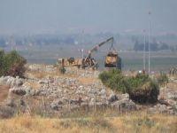 Askeri araç devrildi: 6 ölü!