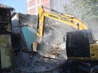 Bursa'da nefes aldıran yıkım