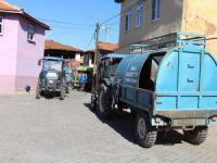 Bir evden 37 kamyon çöp çıktı