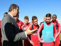 Vali'den Sivasspor'a ziyaret