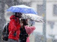 Bursa'ya kar geliyor