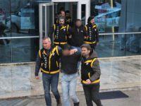 Bursa'da polisi vurdu!