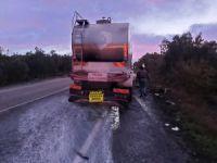 Bursa'da süt kamyonu yandı