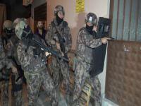 Bursa'da şafak baskını