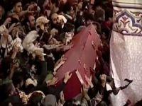 Süleymani'nin cenazesi defnedildi