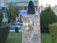 Zübeyde Hanım'ın anıtına saldırı