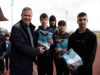 Genç atletlere destek