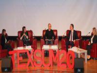 Tekstil zirvesinde sektörün geleceği tartışıldı