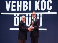Prof.Dr.İlhan Tekeli 19.vehbi koç ödülünü aldı