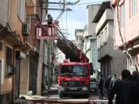 Bursa'da yangında can pazarı