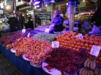 Bursa'da pazar ateş pahası
