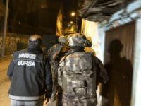 Bursa'da şafak baskını!