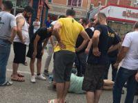 Bursa'da kaza: Araçların arasına sıkıştı
