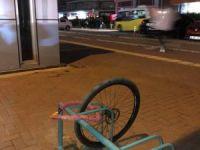 Bisikletten geriye tekeri kaldı!