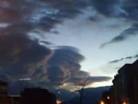 Bursa'da bulutlar büyüledi