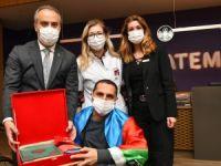 Alinur Aktaş'tan Azeri gazilere ziyaret