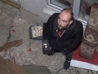 Hırsız bodrumda mahsur kaldı