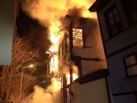 Tarihi evleri kim yakıyor?
