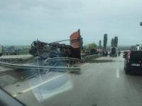 Yenişehir'de TIR kazası