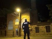 Tarihi camide hırsız alarmı