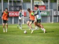 Bursaspor Boluspor'a hazırlanıyor