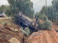 Bursa'da kanala uçan araç takla attı