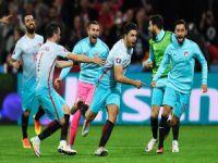 Türkiye, Çek'leri iki golle mağlup etti