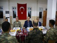 Şırnak'ta askerlerle iftar
