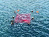 İznik Gölü'nde 15 Temmuz anması