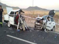 Korkunç kaza: 3 ölü 3 yaralı