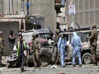 Hastane önünde canlı bomba saldırısı