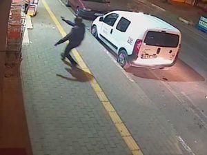 Bursa'da sokak ortasında cinayet!