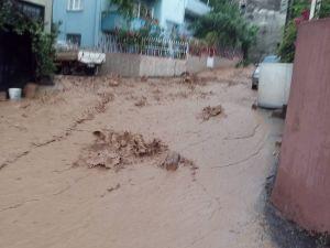 Bursa Orhangazi'de sel felaketi